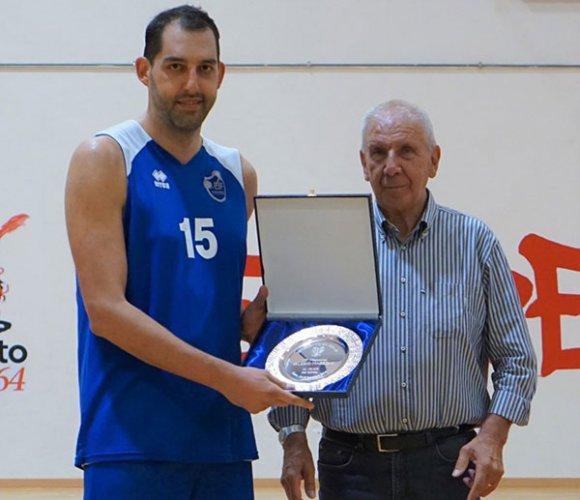 Fabriano vince il Torneo Mazzoni, Cento luci e ombre