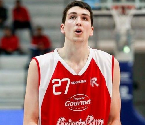 Il Porto Sant'Elpidio Basket ha raggiunto un accordo con  Marco Lusvarghi.