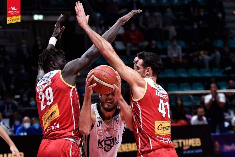 Fortitudo Kigili Bologna - Carpegna Prosciutto Basket Pesaro 87-66