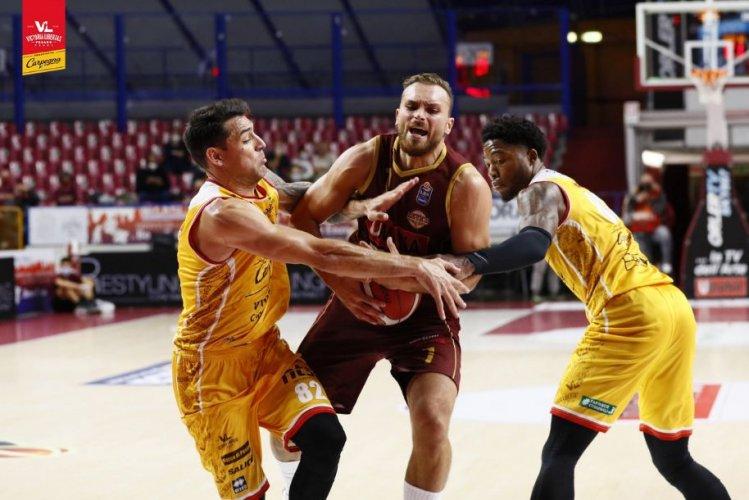 5^ giornata Serie A: Umana Reyer Venezia - Carpegna Prosciutto Basket Pesaro 77-68