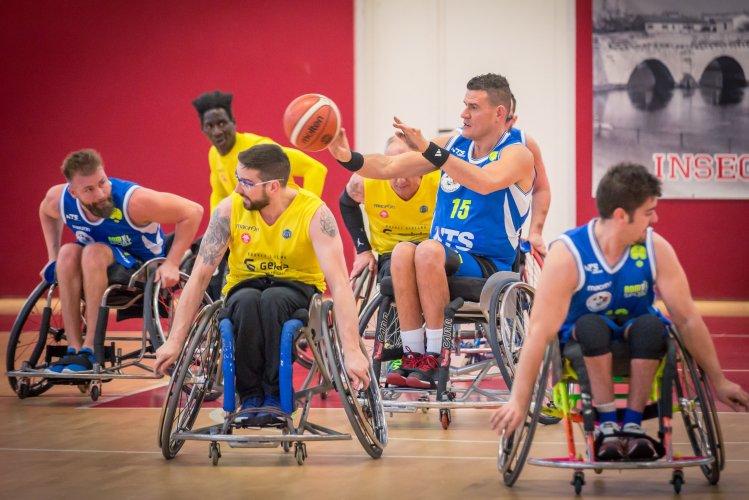 NTS Riviera Basket Rimini - Laumas elettronica gioco Parma 38-68
