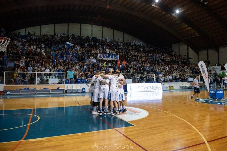 Janus Basket Fabriano : Ehi Biancoblu... domani si ricomincia