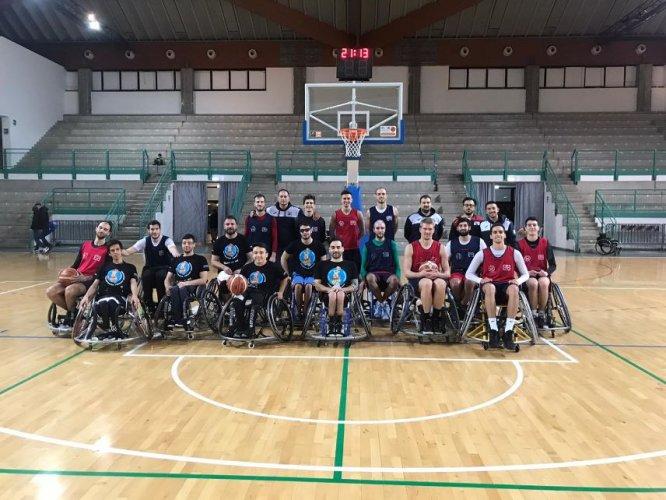 Amichevoli Bradipi- Bologna Basket 2016: un bel momento di sport
