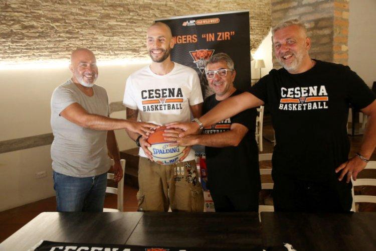 """Tigers Cesena : Borsato """"Quest'anno giocherò da passaportato , ho il passaporto romagnolo""""."""