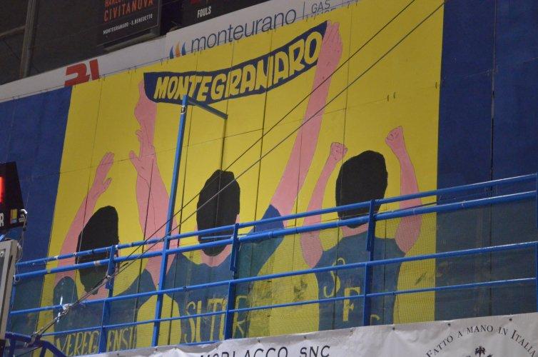 Sutor Premiata Montegranaro :I tifosi scendono in campo - Il Plauso della Sutor