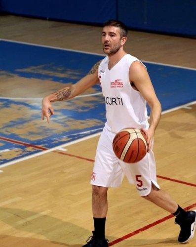 International Basket Imola : Samuel Dal Fiume ancora biancorosso : il primo tassello della Serie D 2020/2021