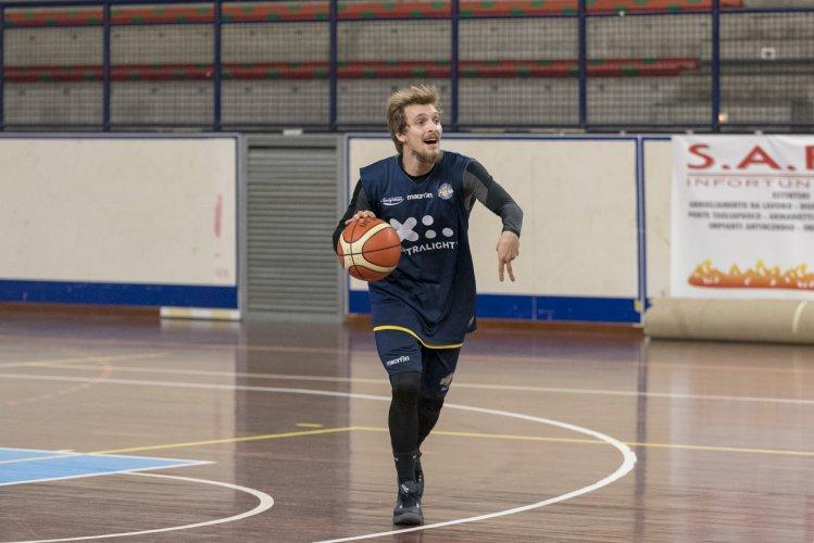Virtus Basket Civitanova Marche: Andrea Traini aggregato per gli allenamenti