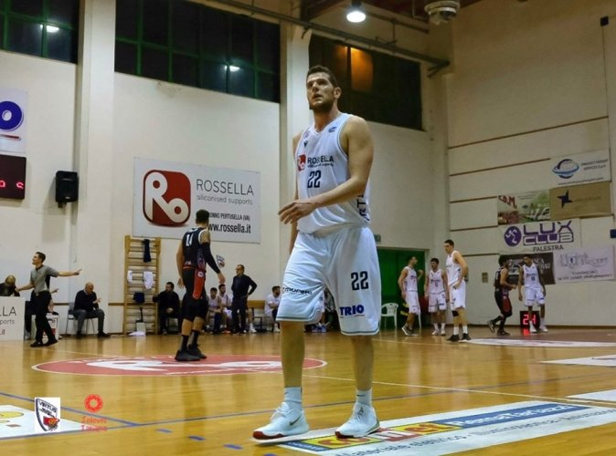 Virtus Basket Civitanova Marche : Rescisso il contratto con Valerio Amoroso