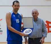 La Ristopro Fabriano  vince contro un'ottima Porto S. Elpidio Basket .