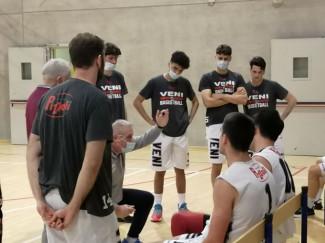 Veni Basket Pizzoli - Benedetto 1964  86-57