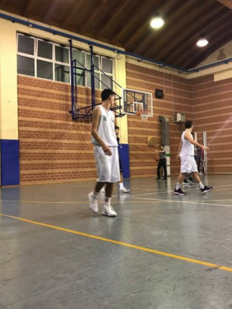 La Pallacanestro Scandiano ufficializza due suoi giovani in doppio tesserameto alla Pol. Iwons Basket