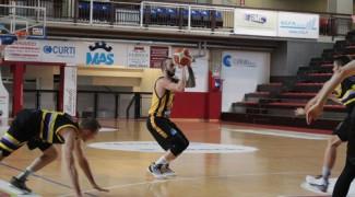 Promozione Girone E : Intech Basket Giallonero  vs Tatanka Baloncesto  58 - 52