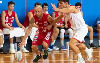 New Flying Balls  Sinermatic Ozzano - Un buon test contro Bologna Basket