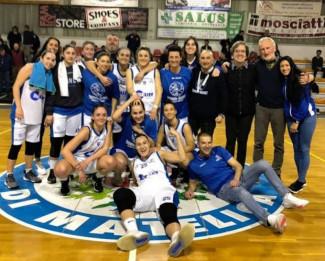 La Thunder Halley Matelica Fabriano festeggia la vittoria sulla Libertas Rosa Forlì