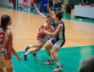 La Libertas Basket Rosa Forlì è sempre più decimata e Matelica sbanca il Romiti