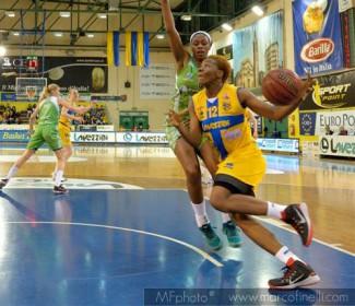 Pallacanestro Umbertide – Lavezzini Basket Parma 73 – 75 (36-43)