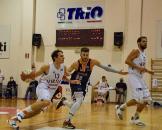 The Supporter Jesi  -  Virtus Basket Rossella Civitanova Marche 82-84 d.t.s.
