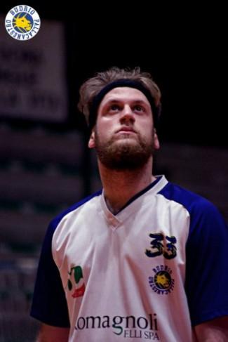 Pallacanestro Budrio : Luca Zambon ancora in giallo-blu !!