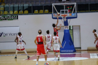 Lux Chieti Basket 1974 – Pallacanestro 2.015  Unieuro Forlì 79 – 78 (19-13; 36-35; 59-55)