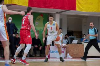 Basket Ravenna - OraSì Ravenna-Givova Scafati anticipata alle ore 17.30 di mercoledì 27 gennaio. Diretta su ÈTV/Rete7 (canale 10)