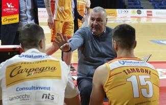 Jasmin Repesa presenta Banco Di Sardegna Sassari - Carpegna Prosciutto Basket Pesaro