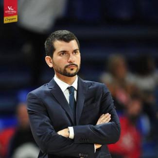 Coach Federico Perego presenta Happy Casa Brindisi - Carpegna Prosciutto Baket Pesaro.