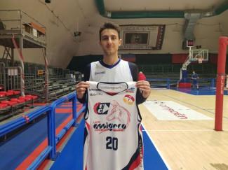 UCC Assigeco Piacenza firma l'ala Massimiliano Ferraro