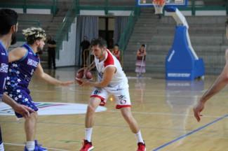 Bologna Basket 2016 - Brutta  battuta d'arresto con Ferrara Basket 2018 .