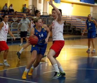 Pre -gara : Scuola Basket Samoggia - Roby Profumi.