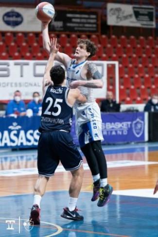 Janus Basket Fabriano - Paolin : - Le Difficoltà ci sono sempre, l'importante è saperle affrontare -.