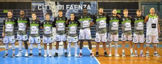 La Raggisolaris Rekico Faenza  brinda all'esordio in campionato con una vittoria