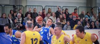 NTS  Riviera Basket Rimini : prima casalinga contro Amca HS Varese .