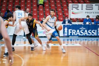 Janus Basket Fabriano : Al PalaGuerrieri passa la Sutor Montegranaro