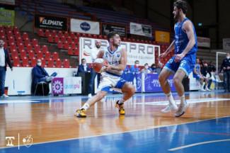 La Janus Basket Fabriano batte roseto e fa due di fila