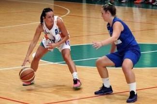 La testa della veterana, la grinta della ragazzina: la Libertas-A.I.C.S.Basket punta su Cedrini