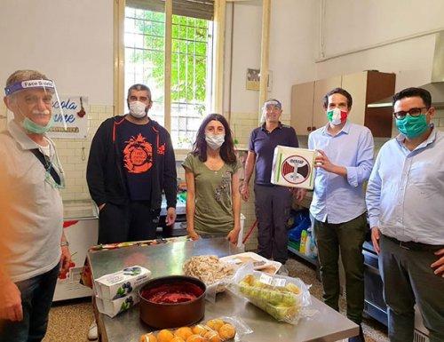 Donate 500 mascherine all'associazone La Piccola Betlemme