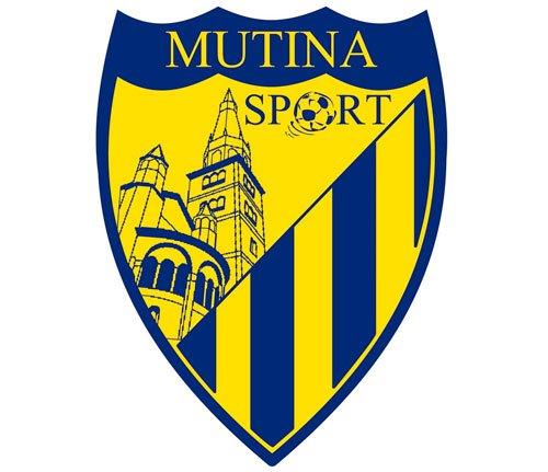 L'attaccante Terranova e il portiere Giuntoli in uscita dalla Mutina Sport