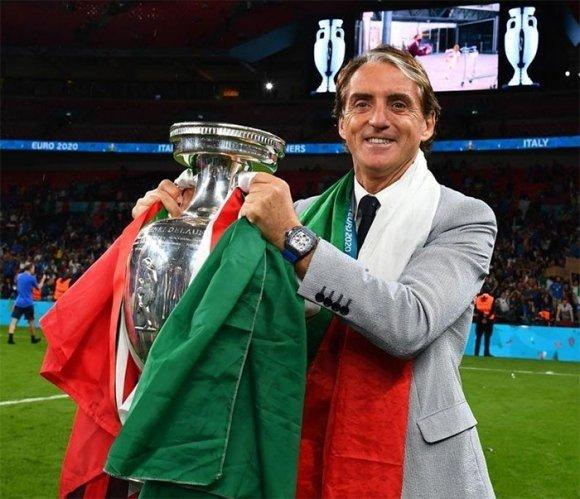 La grande impresa di Mancini all'Euro
