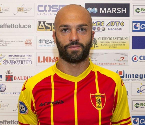 Manuel Pera (Recanatese): L'obiettivo è fare 20 gol, ma prima di tutto viene la squadra