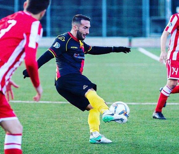 Nikola Oliveri è un giocatore della Sangiustese