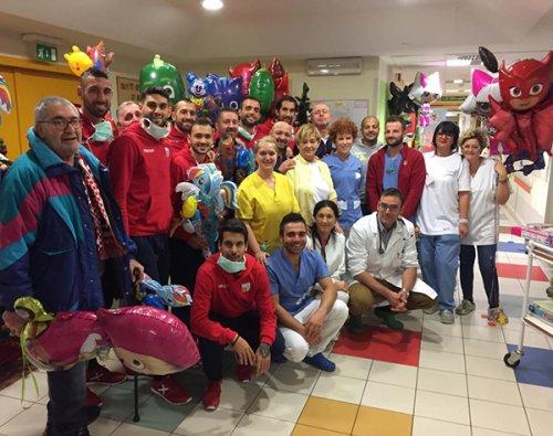 Rimini FC in visita ai piccoli pazienti dell'Ospedale infermi