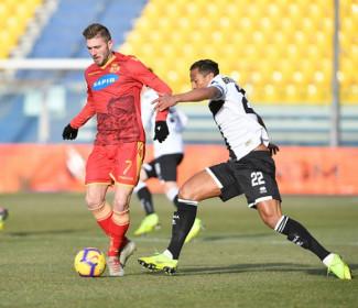 Il Parma batte 5-0 un buon Ravenna