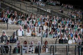 Il calcio al tempo del Coronavirus: i tifosi relegati davanti alla TV