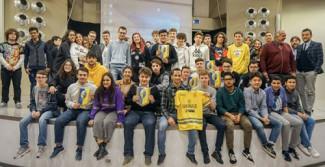 Sansovini a mirandola con i ragazzi del Luosi pico grazie alla collaborazione tra Lapam e modena FC. 2018