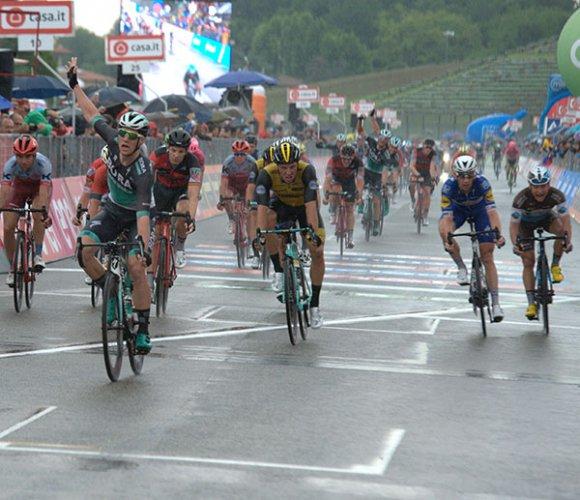 Giro d''Italia - Tredicesima tappa da Ferrara a Neversa della battaglia di 180 km