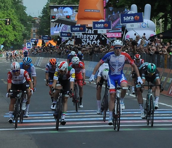 102° Giro d'Italia - Ravenna - Modena di 145 km