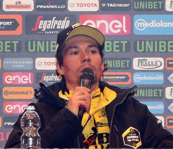 Intervista al vincitore di tappa Primoz Roglic e alla maglia rosa Valerio Conti
