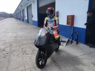 Andrea Raimondi con il Lucky Racing Team ha effettuato il primo test ufficiale con la nuova moto3