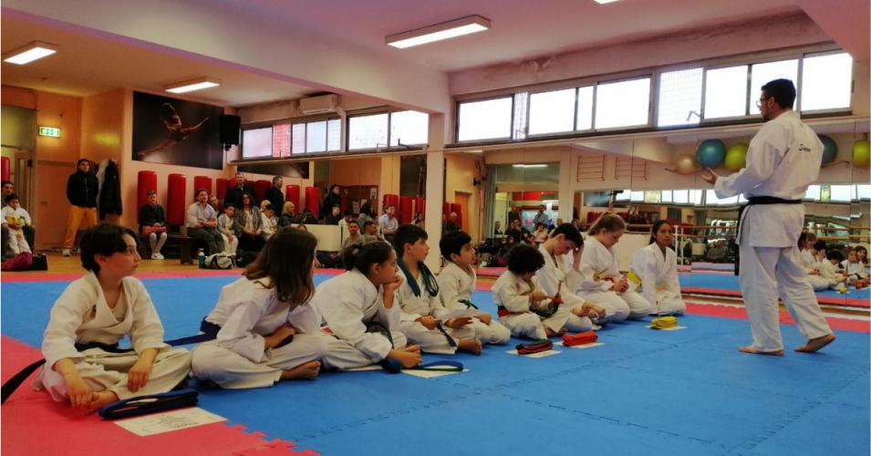 Al Garden 60 giovani karateki conquistano il passaggio di cintura