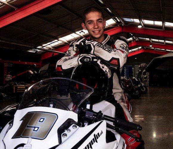 Mondiale Supersport 300: Terra e Moto scommette sul talento cileno Benjamín Molina
